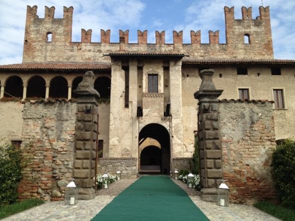 ingresso castello (800x600)
