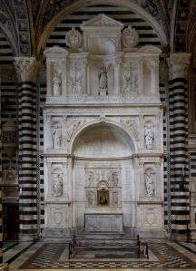 Siena,  Duomo, Altare Piccolomini