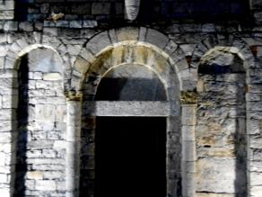 © Photo by ROBERTO ALBORGHETTI - St.John Baptistery, Lenno, Lake Como, Italy (5) (640x480)