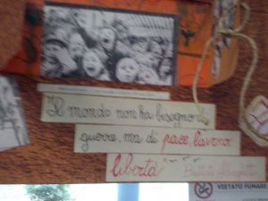 Un tabellone realizzato dai bambini di Aprilia (LT) con l'insegnante Patrizia Sapri.