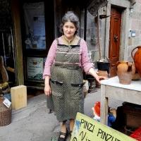 NELL'INCREDIBILE NEGOZIO DI MARCELLINA: DA 60 ANNI NEL CUORE ANTICO DEL MONTE AMIATA (VIDEO)