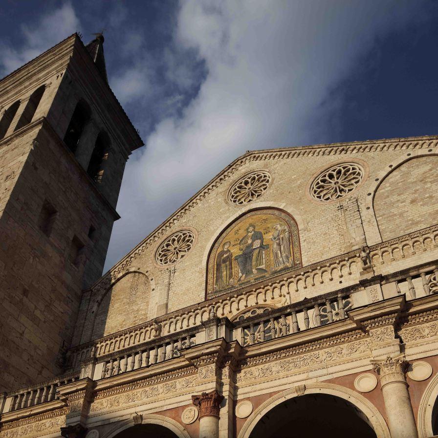 Spoleto facciata e campanile