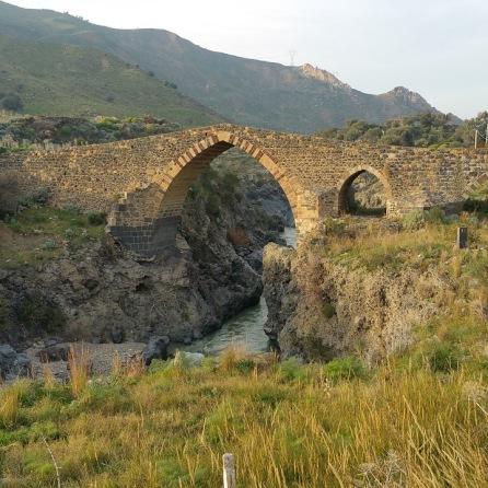 Ponte dei Saraceni, Adrano