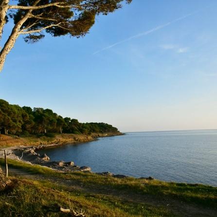 1 Punta Licosa Coastline bordering Villa Sirena
